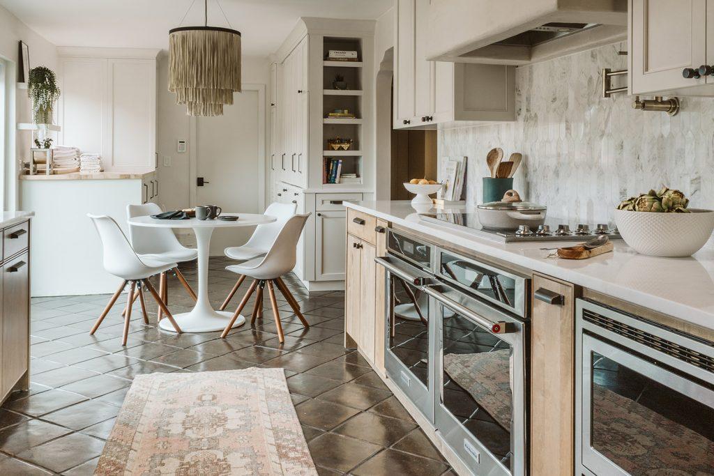 designer kitchen by by Studio 818 design build management